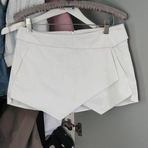 Aritzia Talula shorts size 0 in EUC